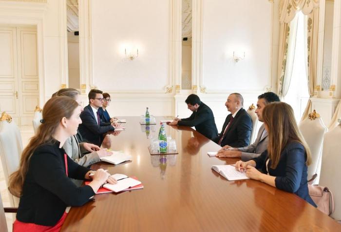Präsident Ilham Aliyev empfängt den Ständeratspräsidenten derSchweiz
