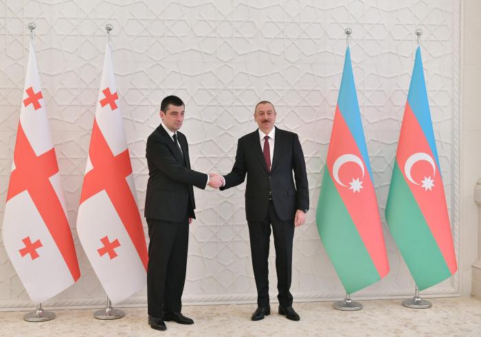 Presidente Ilham Aliyev recibe al primer ministro georgiano