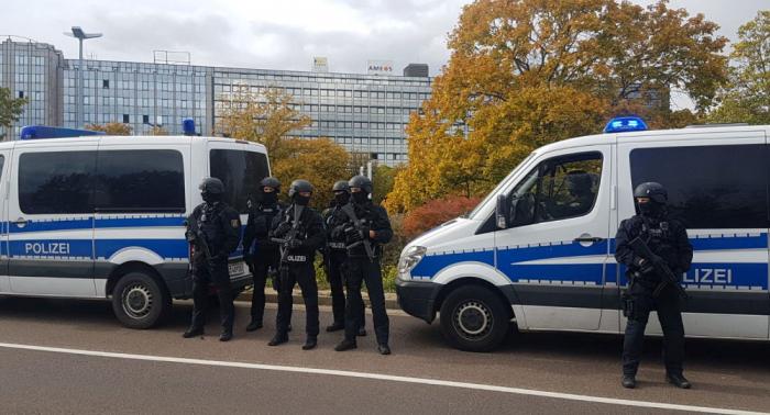 Angriff vor Synagoge in Halle:   Erstes Video eines Täters veröffentlicht