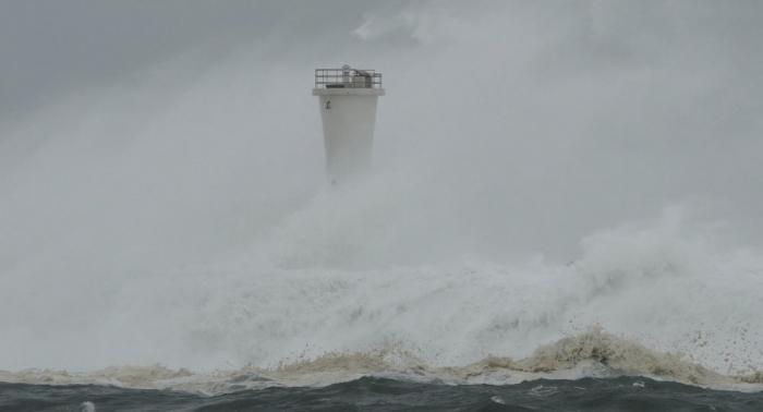 Autoridades de Japón declaran nivel máximo de alerta a causa del tifón Hagibis