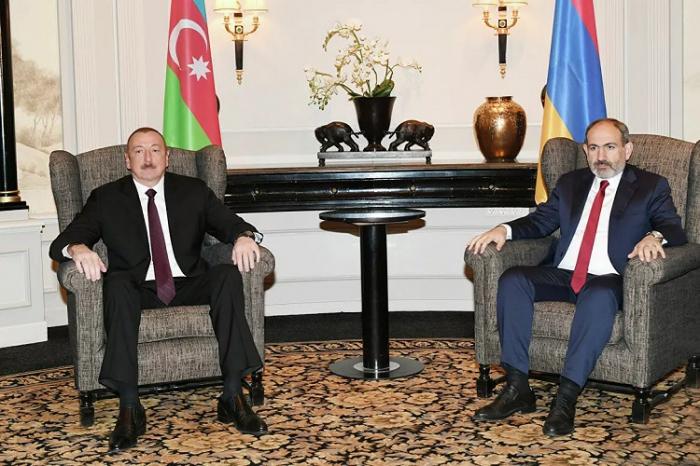 Ilham Aliyev et Nikol Pashinian ont discuté du conflit du Karabaghà Achgabat -  OFFICIEL