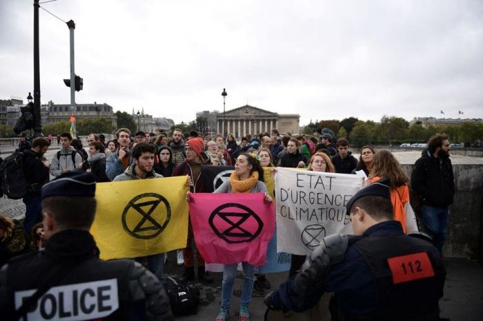 Climat: 130 militants d'Extinction Rebellion arrêtés à Amsterdam