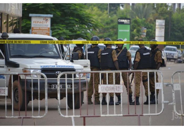 Burkina:   16 morts dans une attaque contre une mosquée