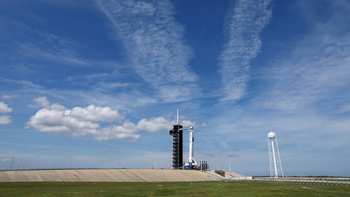 """El administrador de la NASA reprende a Elon Musk y pide """"costos y tiempos realistas"""" para el proyecto Crew Dragon"""