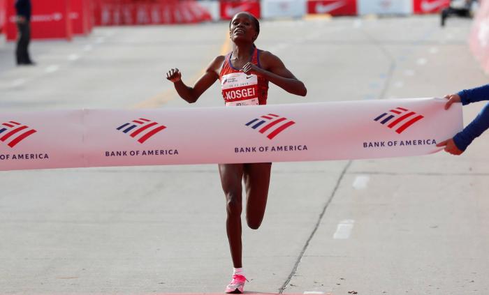La mujer rompe la barrera de las 2h 15m en el maratón