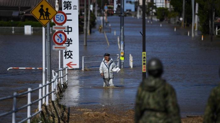 Japan setzt Bergungsarbeiten nach Taifun fort