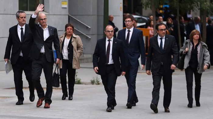 """""""La prisión no es la solución"""": El Barça condena la sentencia a los líderes del"""