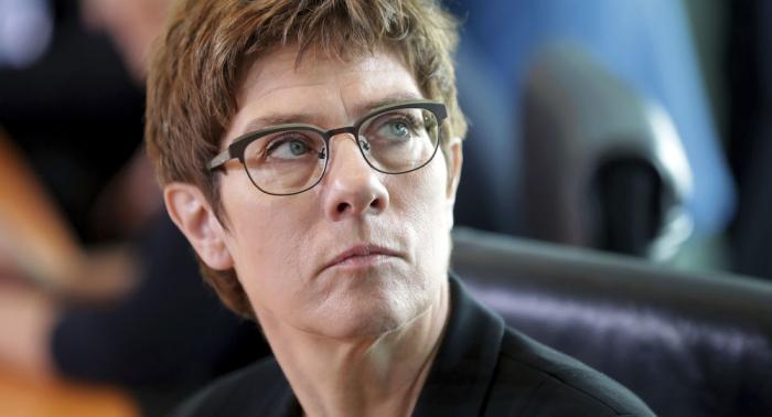 Rede in Saarbrücken: Kramp-Karrenbauer spricht über Russland und die Krim