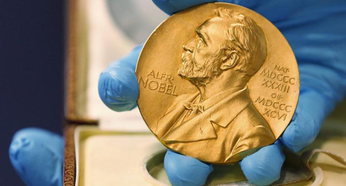 Anuncian a los ganadores del Premio Nobel de Economía 2019