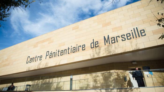 France:   quatre détenus s