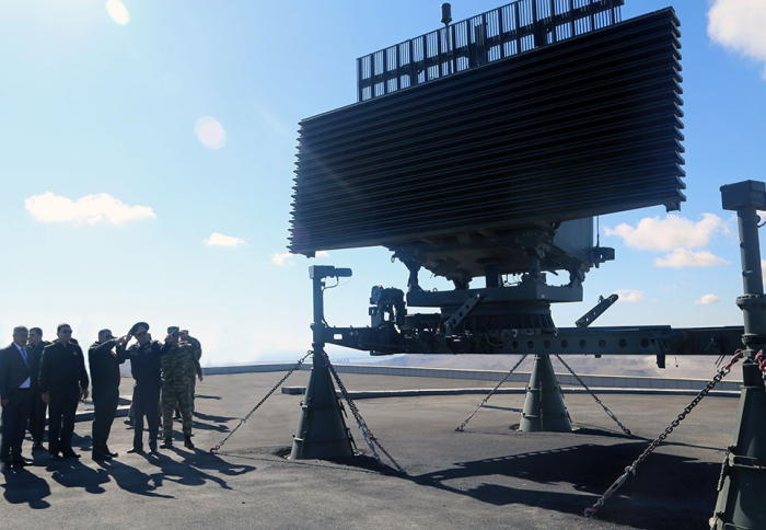 Azerbaijani defense minister inaugurates new Radar Station Control Point of Air Force