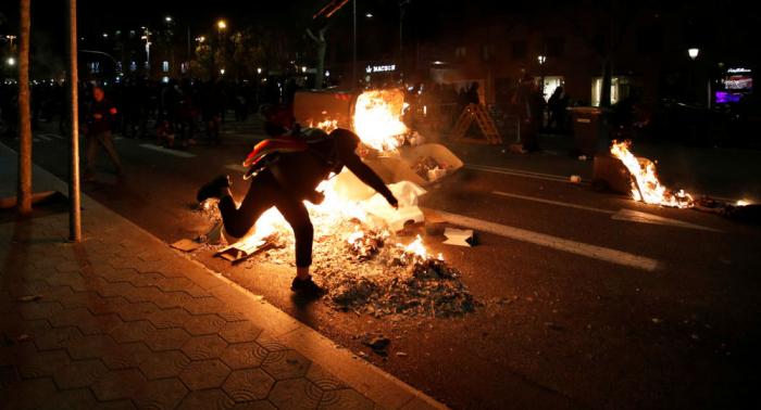 La alcaldesa de Barcelona rechaza la violencia tras nueva jornada de protestas