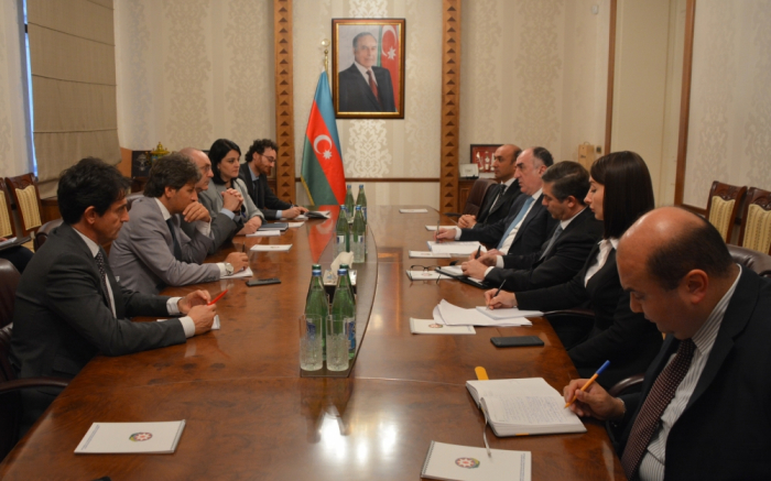 Mammadyarov se reúne con la delegación italiana