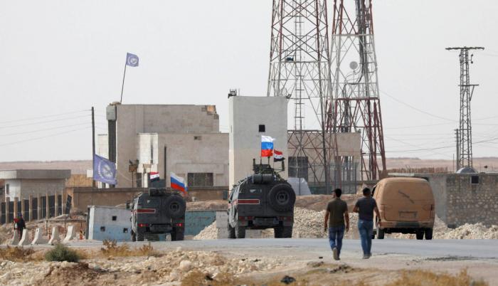 Siria:   El Ejército ruso patrulla la zona entre las fuerzas turcas y las de El Asad