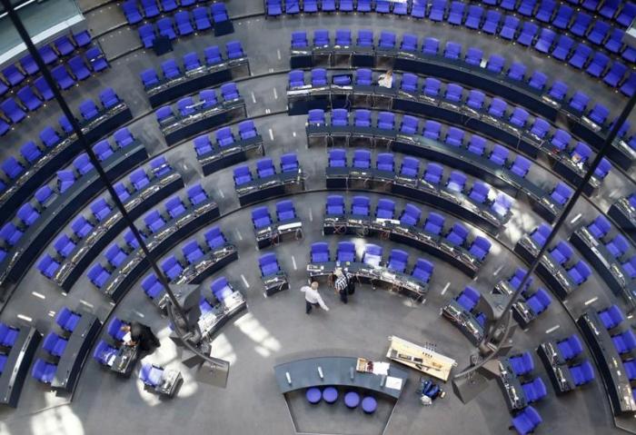 Bundestag billigt Grundsteuerreform - Kritik aus der Wirtschaft