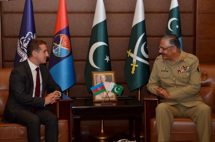 L'Azerbaïdjan et le Pakistan discutent de l'élargissement de leur coopération militaire