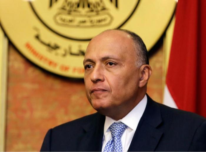 Le ministre égyptien des Affaires étrangères arrive enAzerbaïdjan