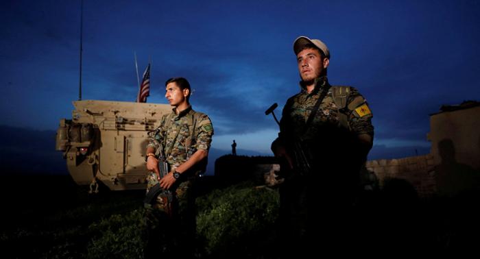 Ankara alerta que reiniciará operación si los kurdos permanecen en la frontera turca