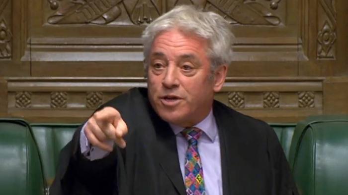 """El Parlamento a Johnson:   """"No gaste nuestro tiempo ni nos falte al respeto"""""""