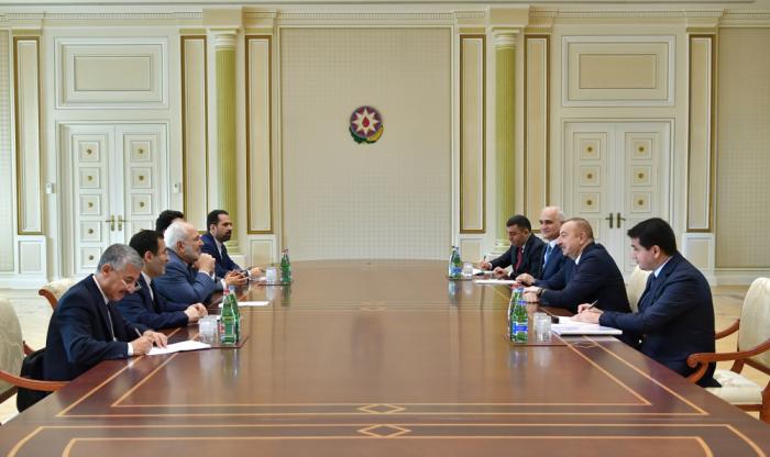Ilham Aliyev reçoit une délégation menée par le ministre iranien des Affaires étrangères