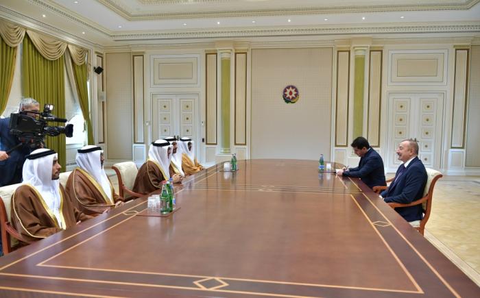 Le président Aliyev rencontre le ministre d'Etat aux Affaires étrangères des EAU