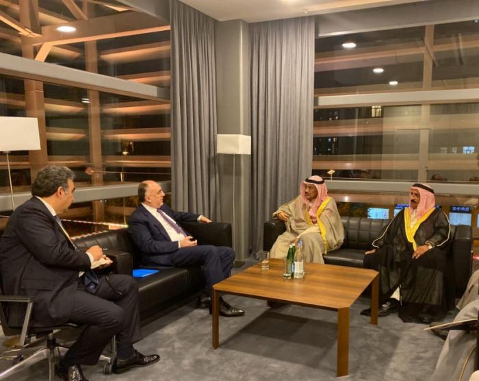 Azerbaijan, Kuwait discuss bilateral relations
