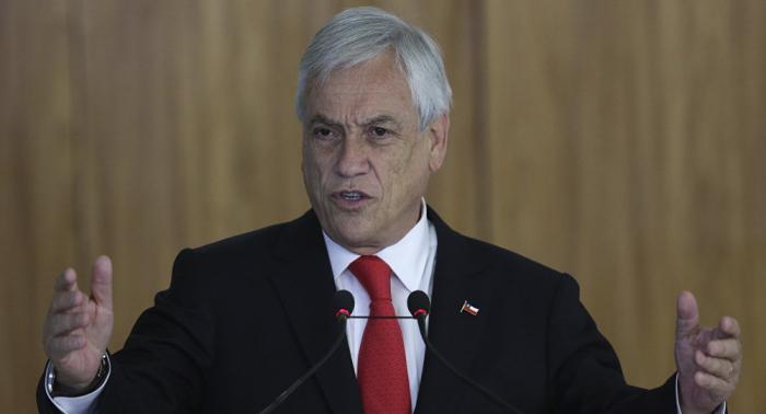 Sebastián Piñera pide la renuncia a todos sus ministros