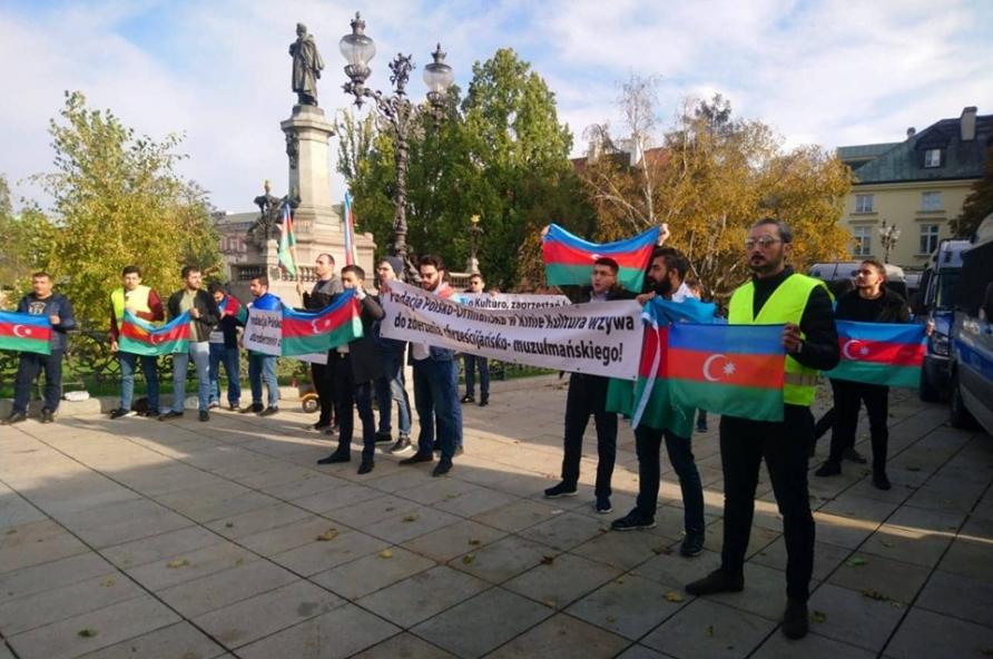 Polşada erməni təxribatına qarşı etiraz aksiyası
