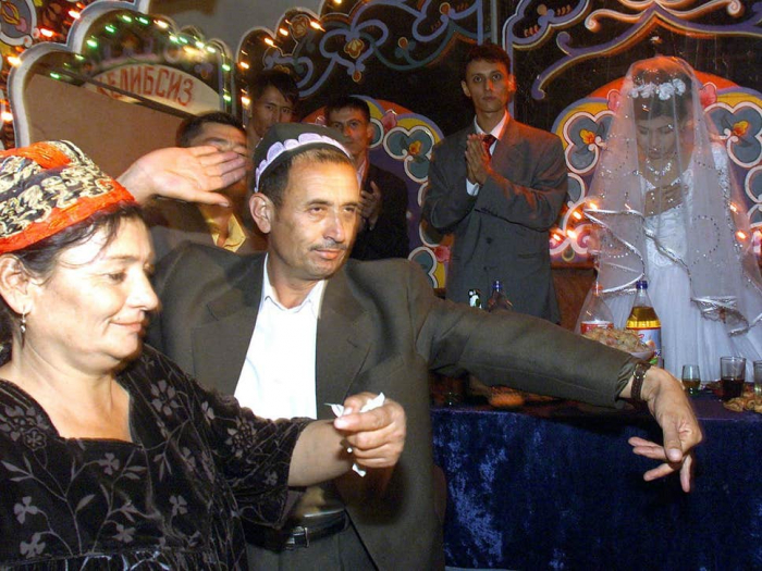 Uzbekistan plans to fine people for excessive partying