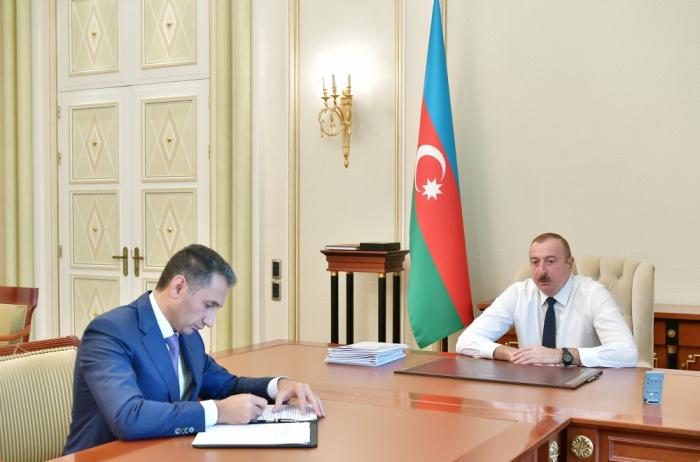 Ilham Aliyev a reçu le président de la Société « Azerkosmos »