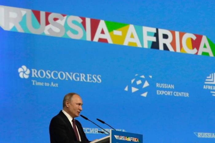 A Sotchi, Poutine annonce ses ambitions pour l