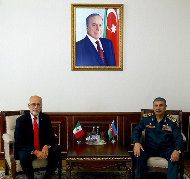 Azerbaijani defense minister meets with Mexican ambassador