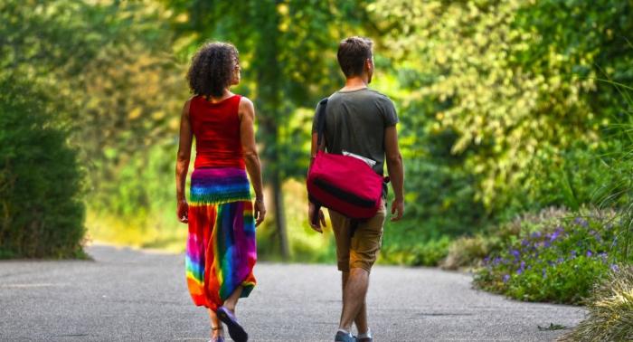 العلماء يكشفون خطورة المشي البطيء