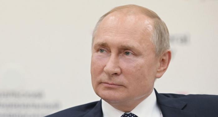 روسيا توقع مع الإمارات العربية المتحدة على 10 اتفاقيات استثمار خلال زيارة بوتين