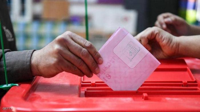 """الانتخابات التشريعية في تونس """"تبعثر"""" أوراق البرلمان"""