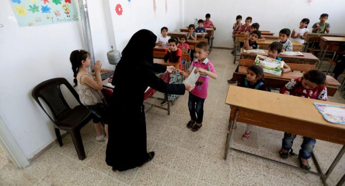 لبنان… المدارس الرسمية تفتح أبوابها للطلاب اللاجئين الاثنين المقبل
