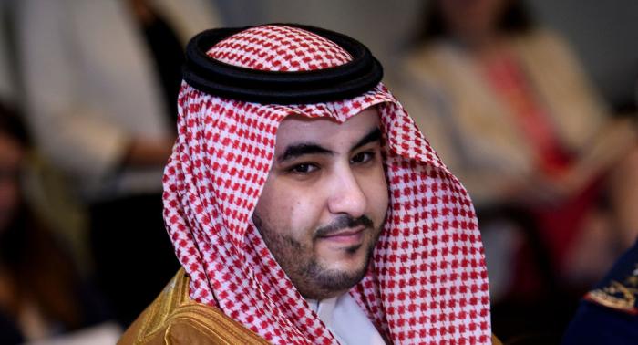 صحيفة: لقاء غير معلن بين الرئيس هادي وخالد بن سلمان وأنباء عن التوصل إلى اتفاق