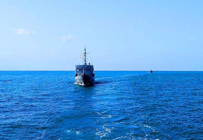 Hərbi Dəniz Qüvvələri taktiki təlim keçirir