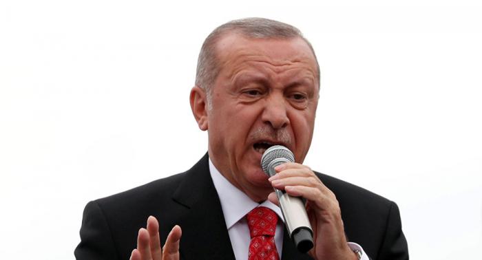محلل سياسي: العملية التركية في سوريا هدفها تعزيز موقع أردوغان الانتخابي