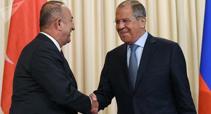 الخارجية الروسية: لافروف يبحث مع نظيره التركي الوضع شمال شرقي سوريا