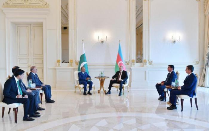Azerbaijani President meets with President of Pakistan