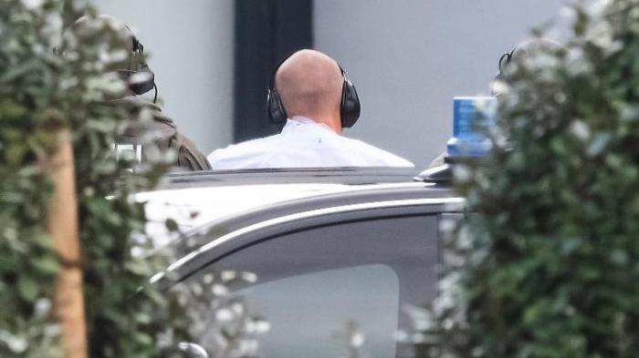Halle-Attentäter legt Geständnis ab