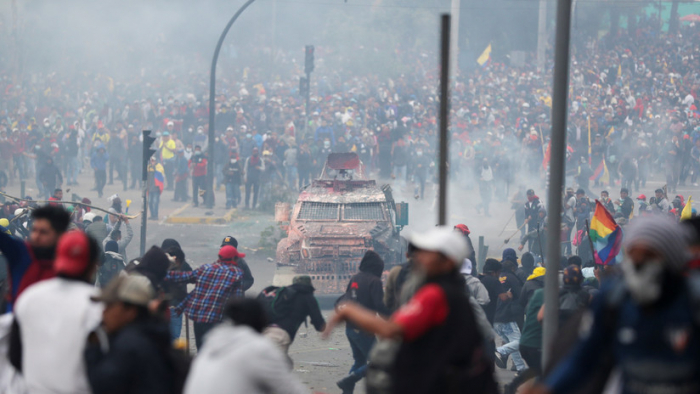 España recomienda no viajar al Ecuador debido a las manifestaciones