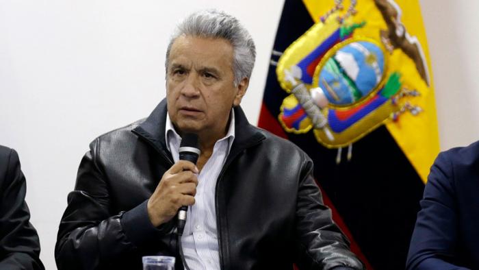 Moreno remueve a dos jefes militares de Ecuador tras las fuertes protestas antigubernamentales