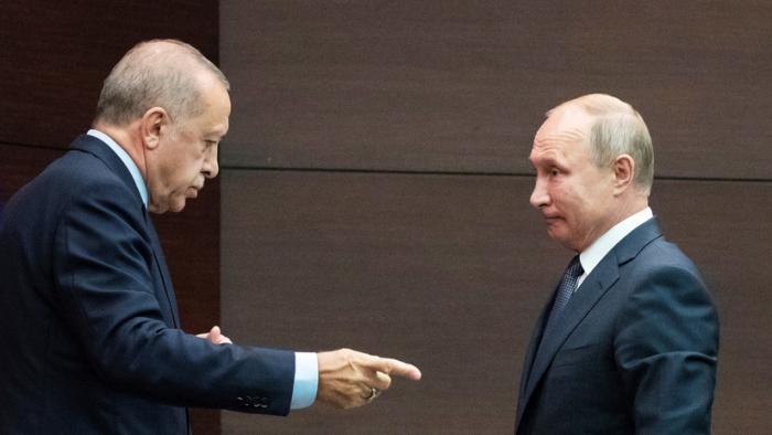 Putin y Erdogan dialogan sobre la situación en Siria