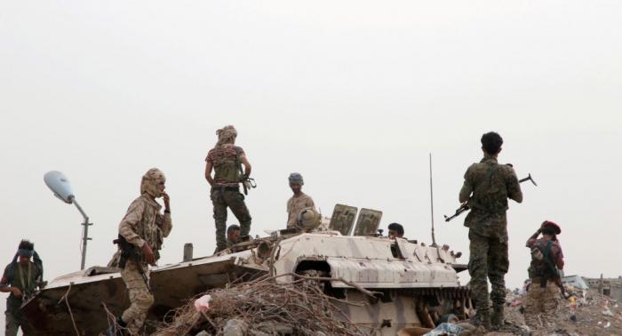 الحكومة اليمنية: زعيم عربي يغرق بلادنا في بحور من الدم