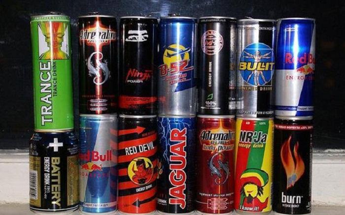 Məktəb və bağçaların yaxınlığında enerji içkilərinin satışına icazə verilməyəcək