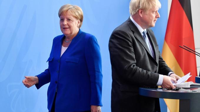 Royaume-Uni:   le groupe pro-Brexit Leave.EU critiqué après un tweet jugé «xénophobe» sur Angela Merkel