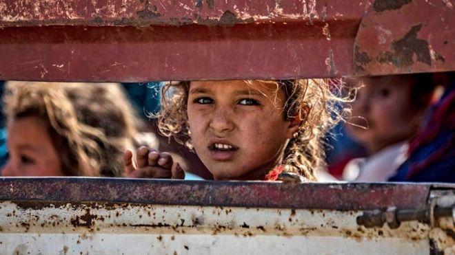 العملية التركية في سوريا: 100 ألف شخص فروا من منازلهم وأنقرة ترفض الضغوط المتزايدة