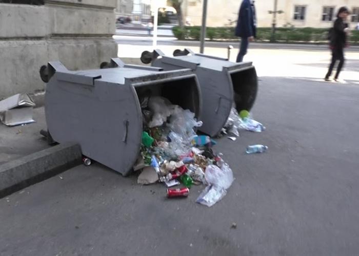 Piket iştirakçıları şəhər təsərrüfatına ziyan vurub - FOTOLAR